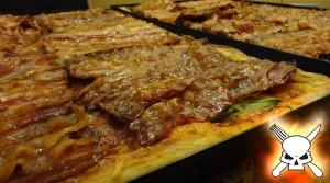 Allein schon die Idee einer Bacon-Pizza sieht sehr episch aus. Aber wir gehen noch weiter.